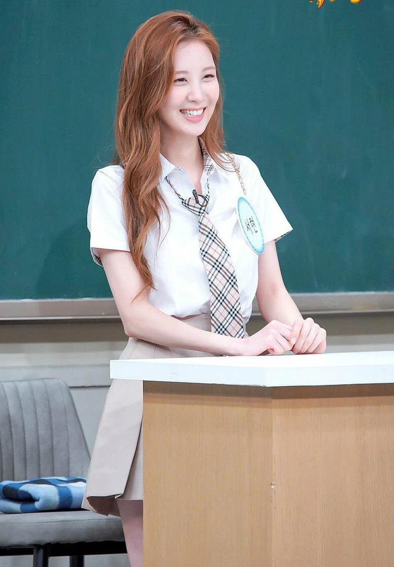 Đã U30 mà Seohyun vẫn cosplay nữ sinh thành công, dùng đồ makeup bình dân mà xinh ra trò - Ảnh 1.