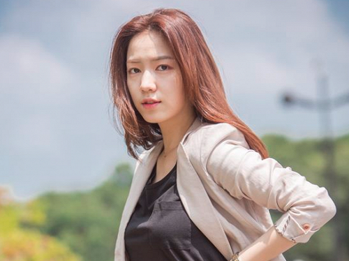 Jiyeon (T-ARA) từng bị mắng vì thái độ lồi lõm khi biểu diễn, nhiều năm sau mới vỡ lẽ Hwayoung chính là thủ phạm gây chiến - ảnh 1