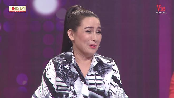 """Không ngờ Hồ Văn Cường xuất hiện, Phi Nhung nhắc nhở với phản ứng bất ngờ: """"Con làm như vậy là mẹ chết liền đó con ơi - ảnh 1"""