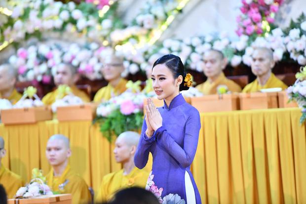 Lộ diện sương sương trong clip mới, Angela Phương Trinh gây sốt với visual giản dị: Góc nghiêng xinh động lòng người! - ảnh 6