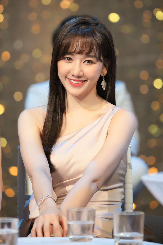 """Đăng status cực """"deep"""" nói đạo lý, Hari Won bị Tiến Luật và Hoa hậu Tu Hoài vào bóc tính cách thật ngoài đời - ảnh 5"""