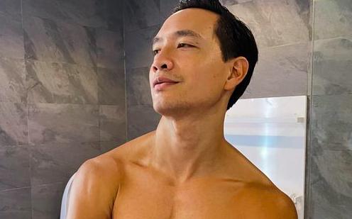 """Kim Lý đăng ảnh khoe body cuồn cuộn """"nóng mắt"""" do Hà Hồ chụp"""