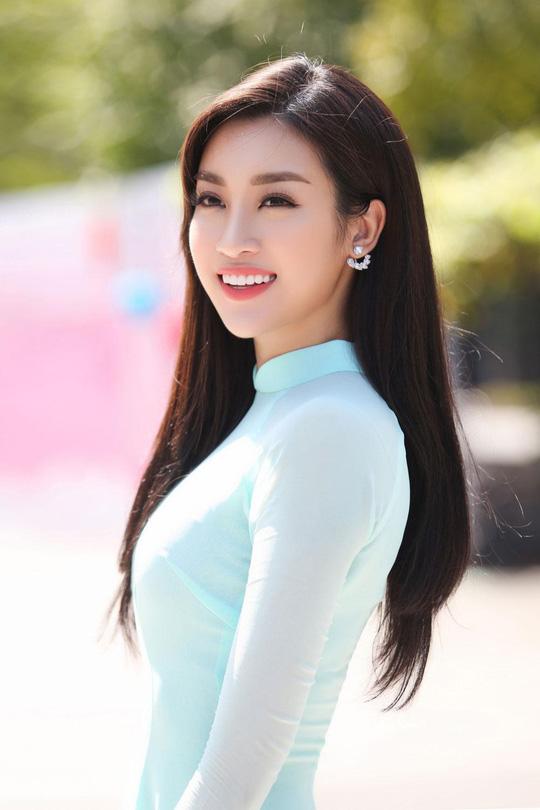 Hoa hậu Đỗ Mỹ Linh đã khác xưa lắm rồi, đụng độ Hương Giang mà chẳng kém cạnh về độ chất - Ảnh 6.