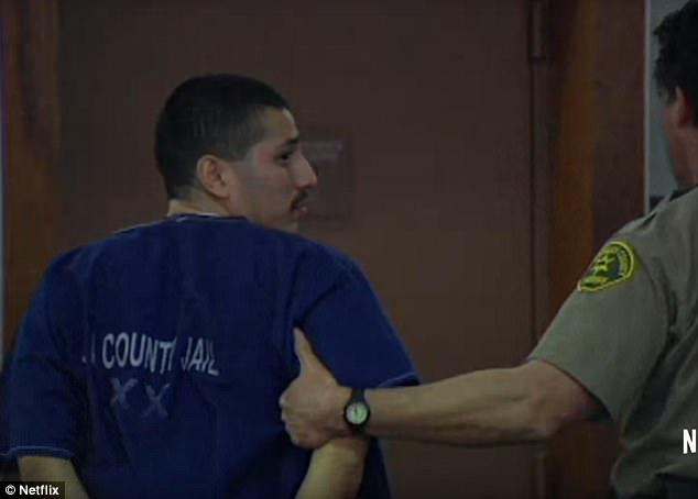 Ông bố bị bắt với tội giết chết thiếu nữ 16 tuổi, án tử trước mắt nhưng thoát nạn nhờ... một cảnh phim sitcom - ảnh 5