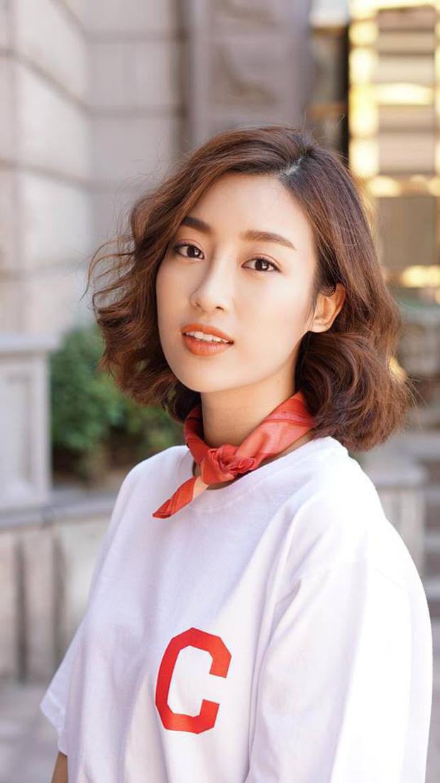 Hoa hậu Đỗ Mỹ Linh đã khác xưa lắm rồi, đụng độ Hương Giang mà chẳng kém cạnh về độ chất - Ảnh 7.