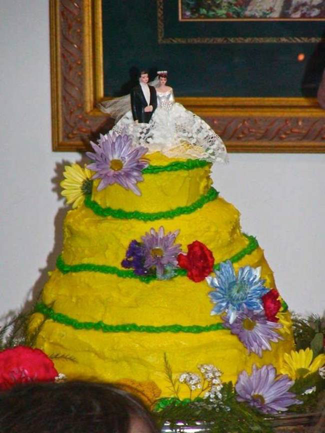 Những chiếc bánh cưới hắc ám khiến cô dâu chú rể chán không buồn về chung một nhà nữa - ảnh 16