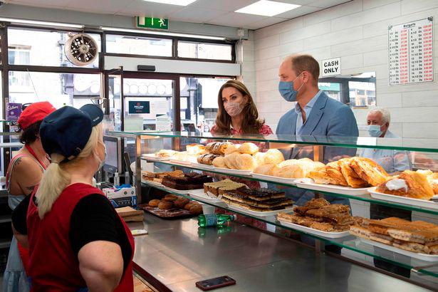 Bị chỉ trích vì cố tình quên Meghan trong ngày sinh nhật của Harry, nhà Công nương Kate còn bị mỉa mai sao chép em dâu trong hoạt động mới - ảnh 3