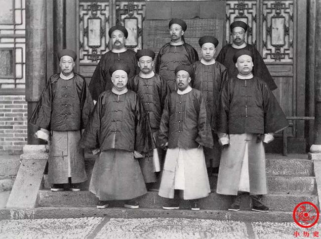 Loạt ảnh khắc họa tướng mạo thật của các vị quan văn võ cuối triều nhà Thanh, khác hẳn với những gì mọi người nhìn thấy trên phim ảnh - ảnh 9
