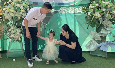 Khánh Linh (single mom) mất điểm khi đăng ảnh hạnh phúc bên Bùi Tiến Dũng trong ngày khai trương quán mới - ảnh 5