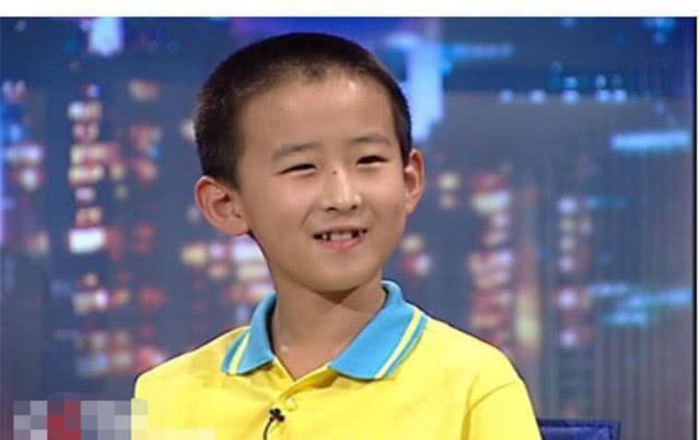 Cậu bé 16 tuổi trở thành Tiến sĩ trẻ nhất nước nhưng bị tất cả chỉ trích, 8 năm sau ai cũng giật mình quay ngoắt thái độ - ảnh 1