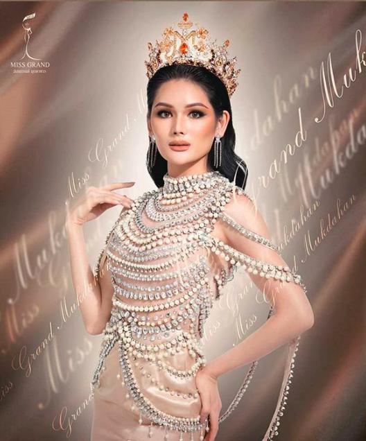 Chung kết Miss Grand Thailand 2020: Á hậu 4 gây sốt với màn catwalk xoay 4 vòng như lốc xoáy, át cả nhan sắc tân Hoa hậu - ảnh 3