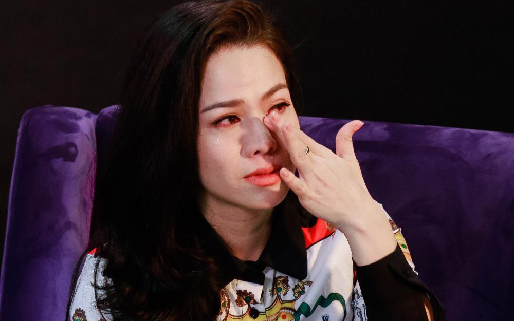 """Nhật Kim Anh: """"Gia đình nhà nội, cô giáo đừng gieo rắc vào đầu trẻ suy nghĩ tiêu cực về mẹ nó"""""""
