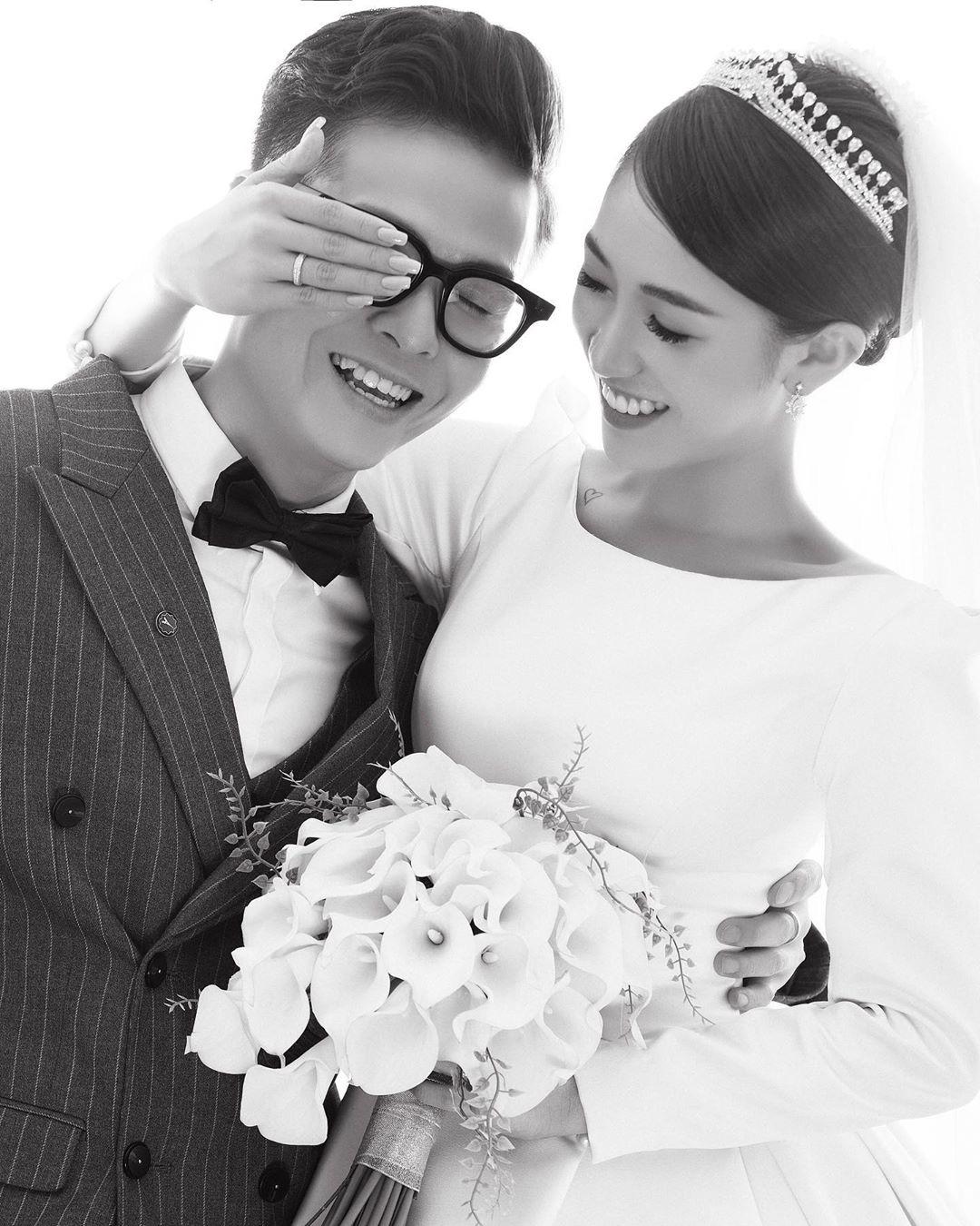 Con gái Minh Nhựa đăng loạt ảnh cưới chưa tiết lộ nhân ngày kỷ niệm 1 năm, nhìn loạt váy mà thấy trầm trồ ngưỡng mộ - Ảnh 8.