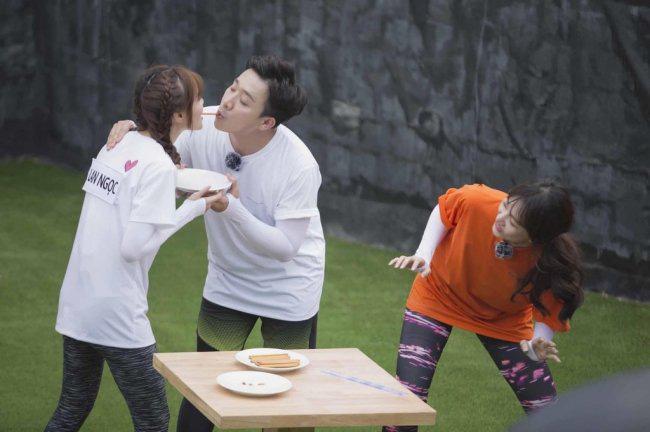 Hari Won bức xúc nói về tin đồn Ninh Dương Lan Ngọc là Tuesday xen giữa cô và Trấn Thành, khổ chủ cũng lên tiếng - ảnh 4