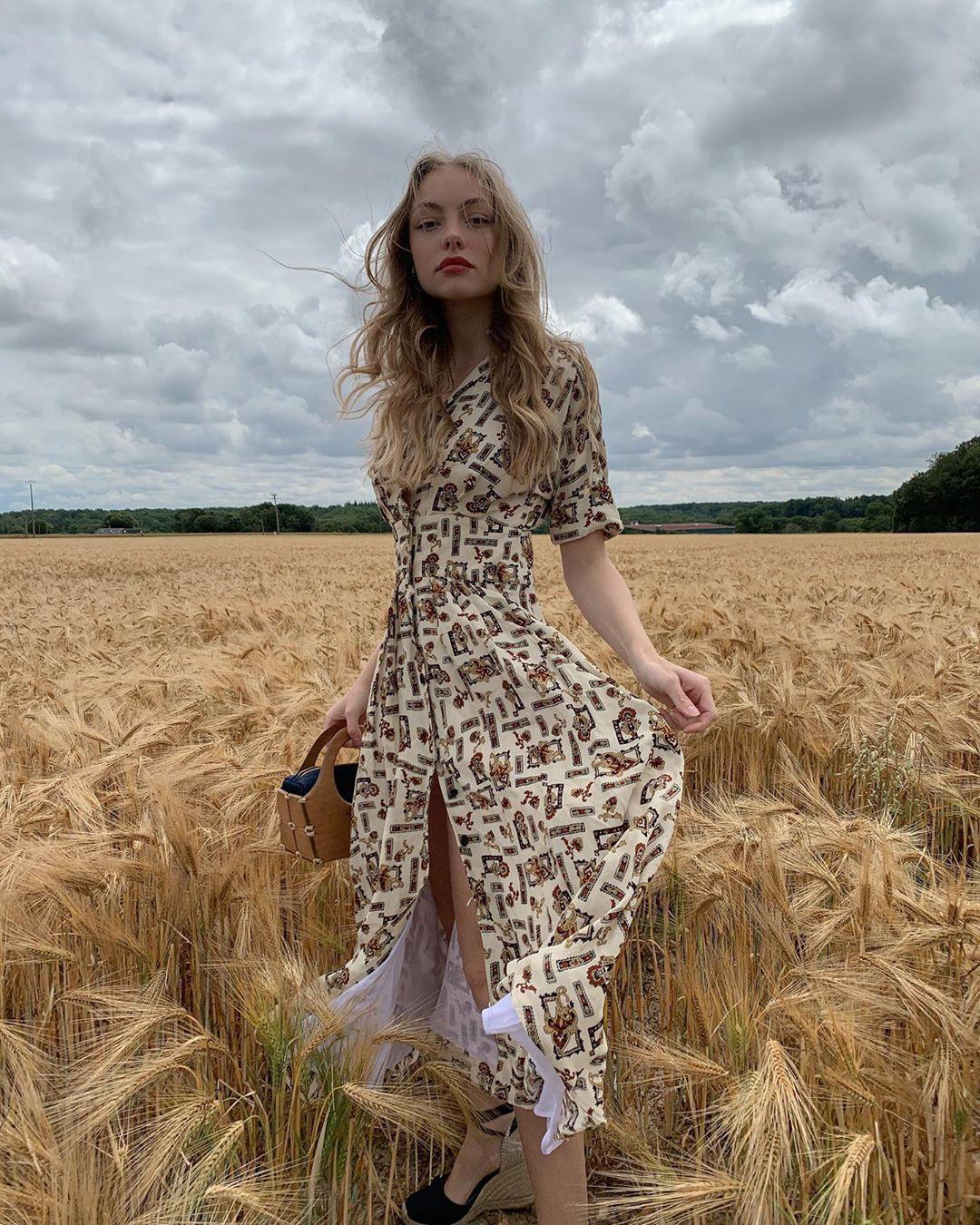 Trời se lạnh mà quẩy váy dáng dài là có style yêu kiều như gái Pháp, điểm sang chảnh tăng ngùn ngụt - Ảnh 9.