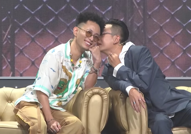 Đôi bromance được đẩy thuyền mạnh nhất Rap Việt JustaTee - Rhymastic công khai tình cảm, các chị vợ có ghen không đây? - ảnh 2