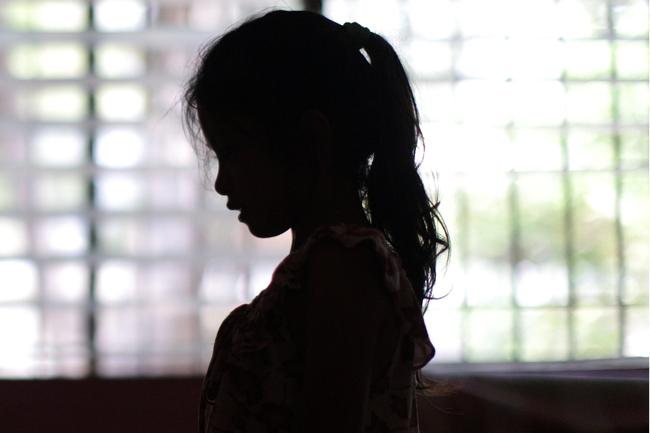Mặt tối sau những trại trẻ mồ côi: Nơi những đứa trẻ bị bắt ăn mặc rách rưới, đóng giả không cha không mẹ để lợi dụng tình thương của du khách nước ngoài - ảnh 5