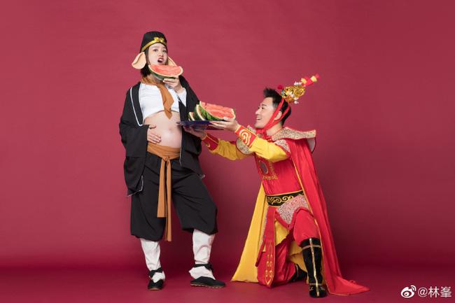 Tài tử Lâm Phong và bà xã cuối cùng đã đón bé cưng đầu lòng, bộ ảnh gia đình cosplay Tôn Ngộ Không siêu cute gây sốt - Ảnh 5.