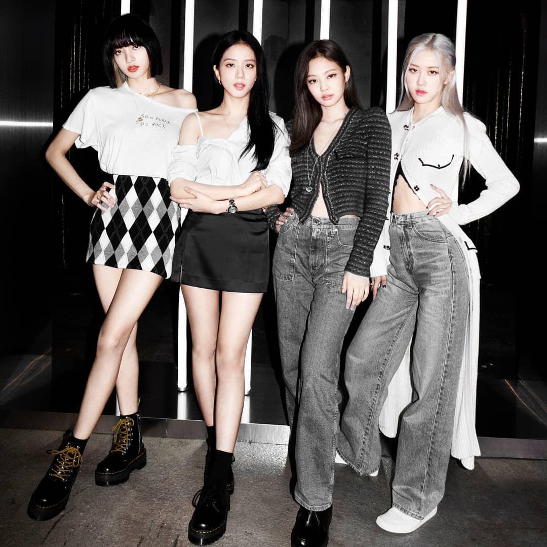 Jisoo mix đồ như 2 năm trước nhưng visual đỉnh hơn, style tưởng cũ nhưng lại là trend hiện giờ - Ảnh 1.