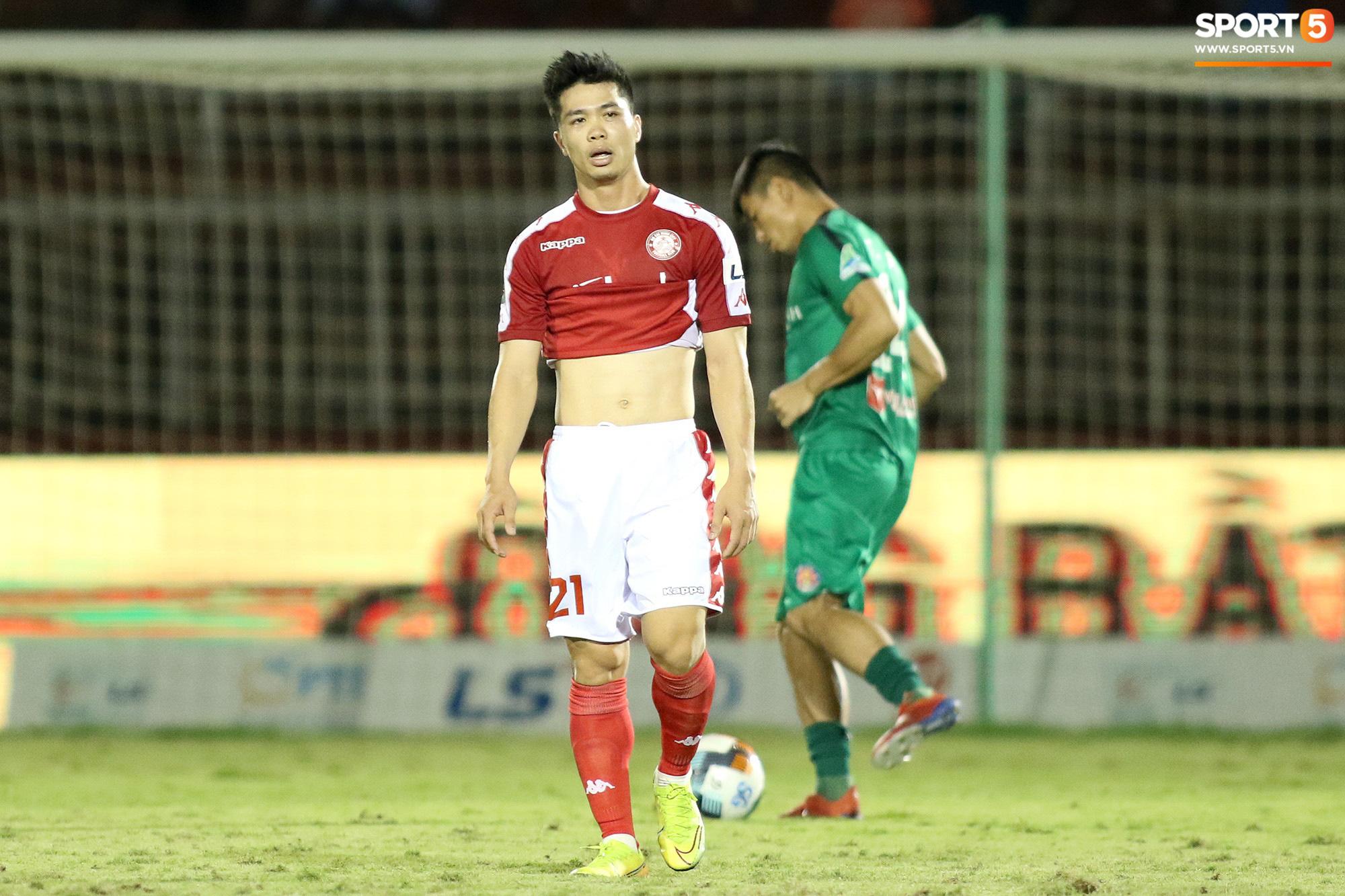 Công Phượng không thể đối đầu Văn Toàn tại V.League bởi điều khoản đặc biệt khi thi đấu cho CLB TP.HCM - Ảnh 1.