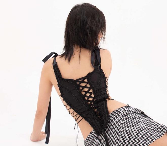 Rosé bất ngờ diện đồ của thương hiệu Việt, hay ho thế nào mà lọt vào mắt xanh của stylist nhà BLACKPINK? - ảnh 14