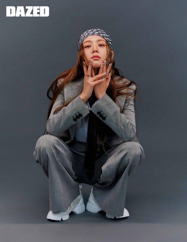 Ngoài Jisoo, đố ai cân được kiểu makeup buồn ngủ thế này: Đẳng cấp idol đẹp như Hoa hậu đâu phải nói suông! - Ảnh 10.