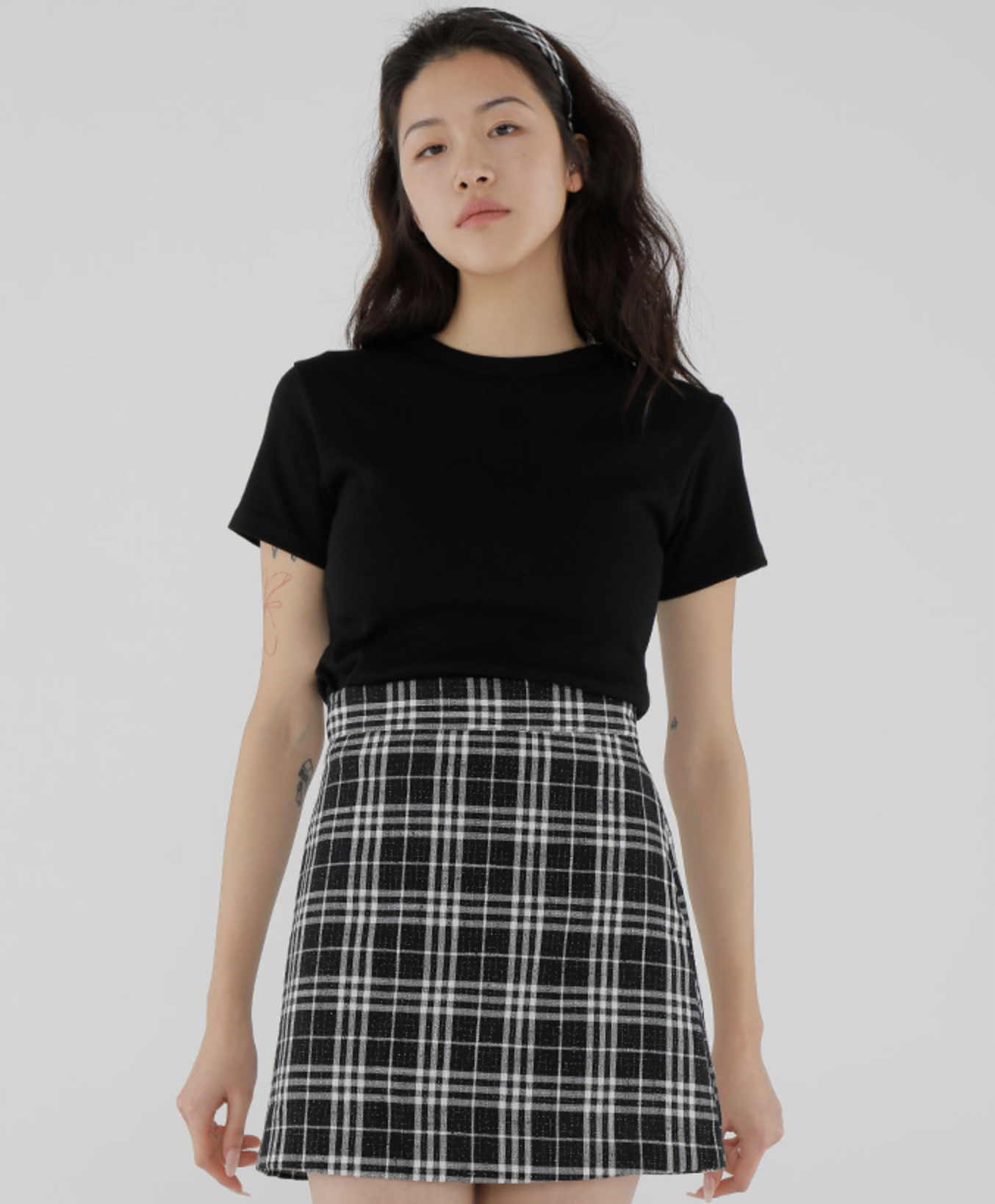 Đụng váy hậu giảm cân: Joy khoe style trẻ xinh hết cỡ, Nancy mix đồ cá tính lộ chân thon giật mình - Ảnh 5.