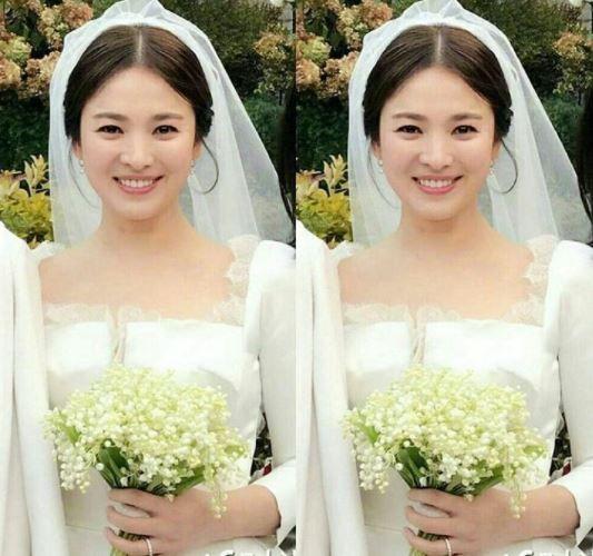 Vợ Công Phượng mặc váy cưới trơn nhẹ nhàng, cầm bó hoa cưới khiến ai cũng liên tưởng ngay tới Song Hye Kyo - Ảnh 4.