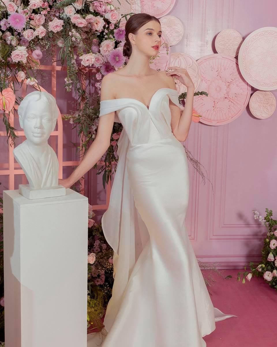 Dự đoán váy cưới cô dâu Viên Minh - vợ Công Phượng sẽ mặc tại Phú Quốc: vẫn tối giản, trang nhã hay cầu kì, quyến rũ? - Ảnh 5.