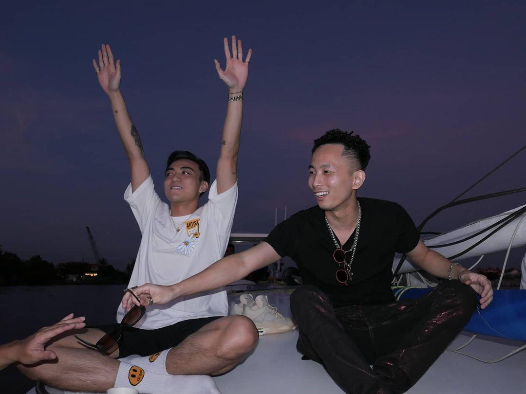 Châu Bùi vừa làm tiệc trên du thuyền, Binz cũng liền có động thái party nhún nhảy linh đình trên sông không hề kém miếng bạn gái? - Ảnh 3.