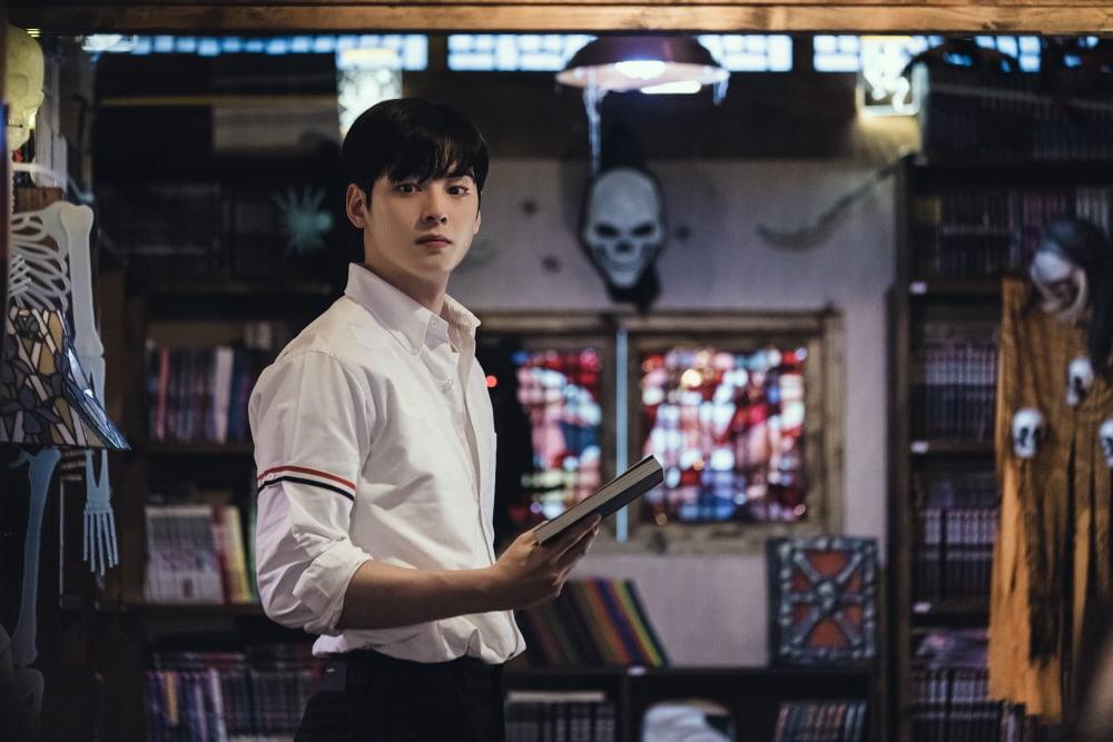 Cha Eun Woo tiết lộ lý do hốt vai True Beauty: Mấy anh em ASTRO kháo nhau nam chính webtoon giống tui lắm! - Ảnh 2.