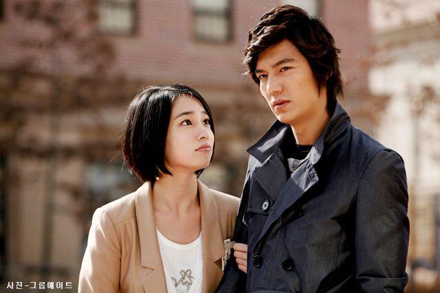 Mỹ nhân Vườn Sao Băng Lee Min Jung: Tiểu thư ngậm thìa vàng, vì yêu mà tha thứ cho chồng tài tử dính bê bối ngoại tình động trời - ảnh 3