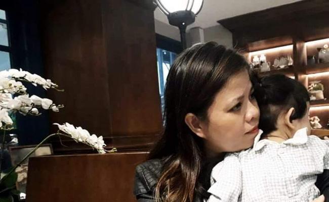 Cô giáo Hà Nội kể lại giây phút mở hộp quà, kinh hoàng thấy 10 triệu đồng tiền mặt bên trong: Không trả lại mà có cách xử lý trên cả tuyệt vời - Ảnh 1.
