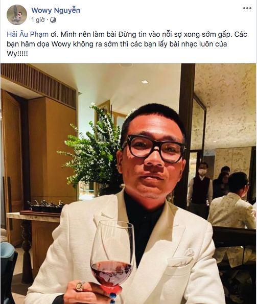 Đi xem Chung kết Hoa hậu Việt Nam 2020 cũng không làm Wowy xao nhãng, vẫn tung thính bài mới như thật - Ảnh 4.