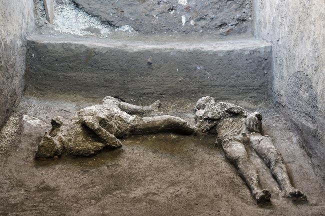 Khai quật tàn tích vụ phun trào núi lửa kinh hoàng nhất lịch sử, các nhà khảo cổ bàng hoàng khi chứng kiến cảnh tượng ám ảnh - ảnh 1