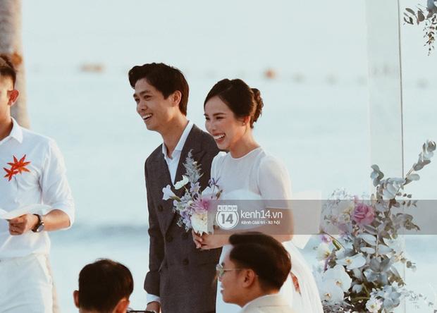 Khoảnh khắc ăn tiền nhất đám cưới Công Phượng - Viên Minh: Đáng đạt điểm tuyệt đối vì quá rực rỡ, hạnh phúc và tinh tế - ảnh 4