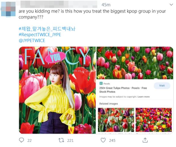 Tạm biệt JYP, khóc xong rồi làm lại poster cho GOT7 đi nhé: Đã sơ sài lại còn sai tiếng Anh cơ bản thế này? - ảnh 2