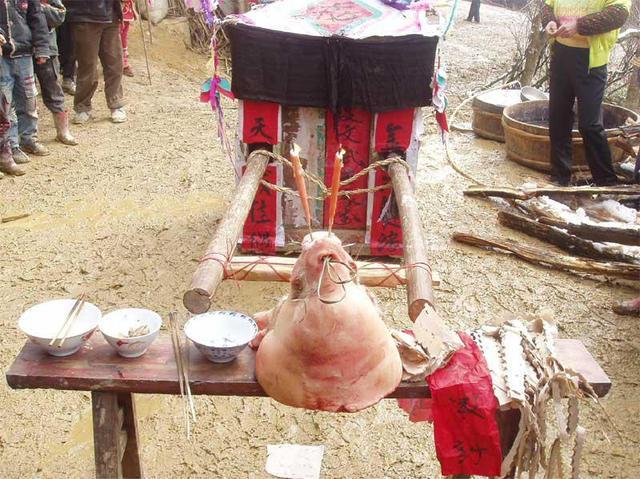 Minh hôn - đám cưới ghê rợn nhất Trung Quốc: Thiếu cô dâu ma, kẻ săn thi thể giết luôn người sống, hãm hại cả phụ nữ có thai để bán cho bà mối - ảnh 4