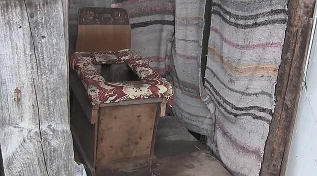 Thai phụ bất ngờ sinh con trong lúc đang ngồi toilet khiến đứa trẻ xấu số chết tức tưởi, hành động sau đó còn gây phẫn nộ hơn - ảnh 1