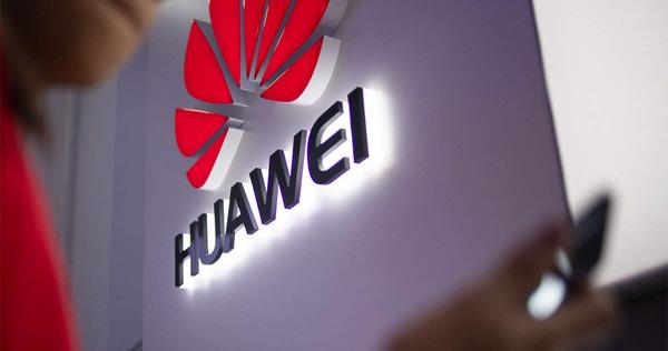 Khốn khổ vì bị chèn ép, Huawei quay lại khởi động việc sản xuất điện thoại di động 4G - ảnh 1
