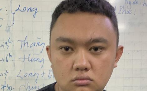 Lừa mượn 2,5 triệu đồng của tài xế Grab để lấy đồ, gã thanh niên đi vào Trung tâm thương mại Saigon Center rồi tẩu thoát
