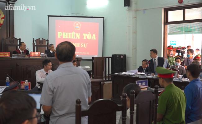 Vụ bác sĩ bị tố hiếp dâm, đánh đập nữ điều dưỡng ở Huế: Bị cáo tố ngược bị hại tội vu khống - ảnh 2
