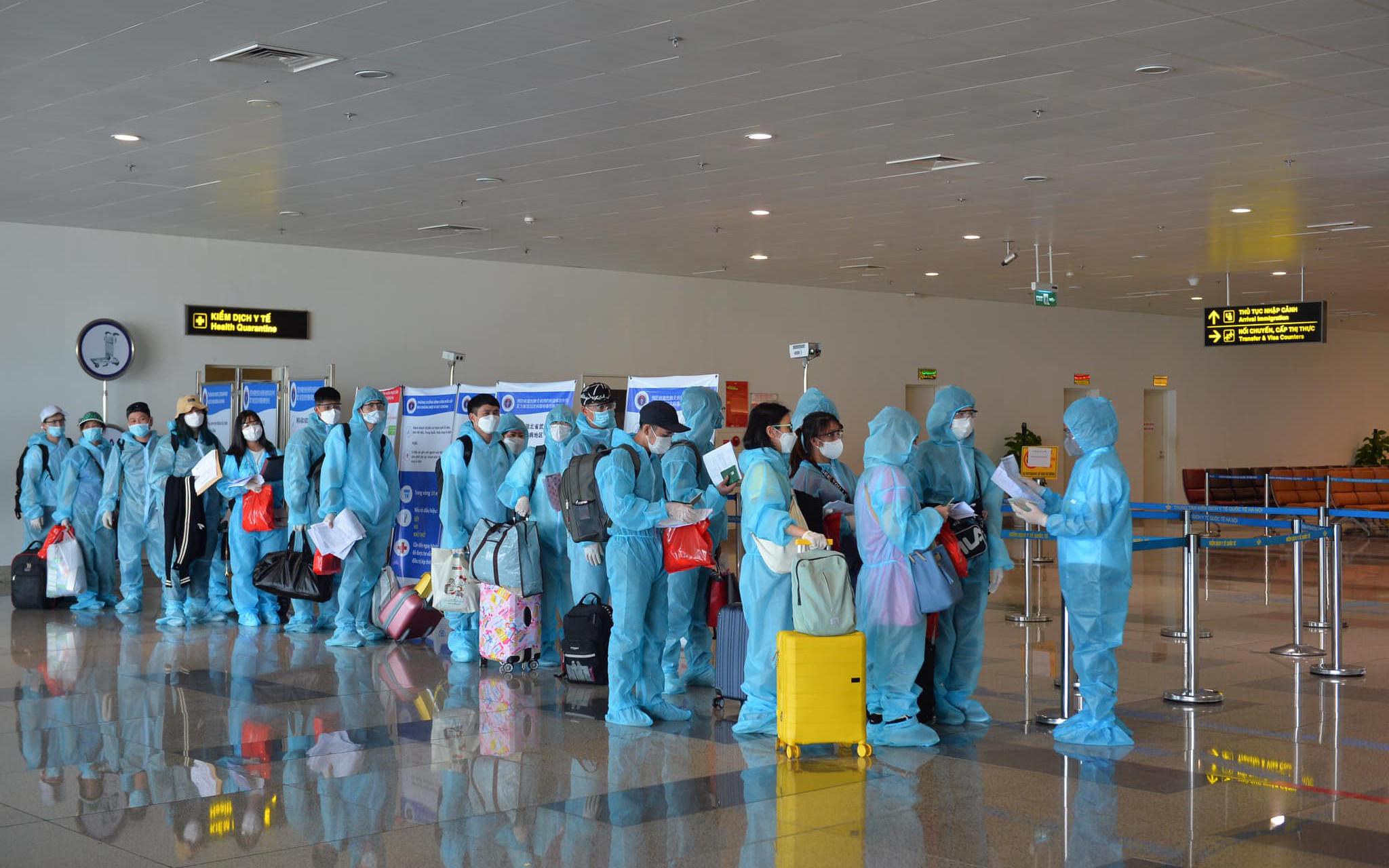 Thêm 8 người nhập cảnh nhiễm Covid-19, Việt Nam có 1.339 ca bệnh