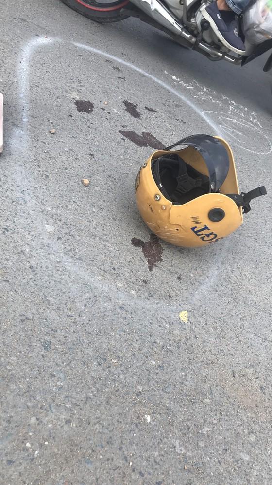 Khởi tố, bắt tạm giam 2 thiếu niên 17 tuổi tông Trung tá CSGT gãy tay chân ở Sài Gòn - ảnh 3