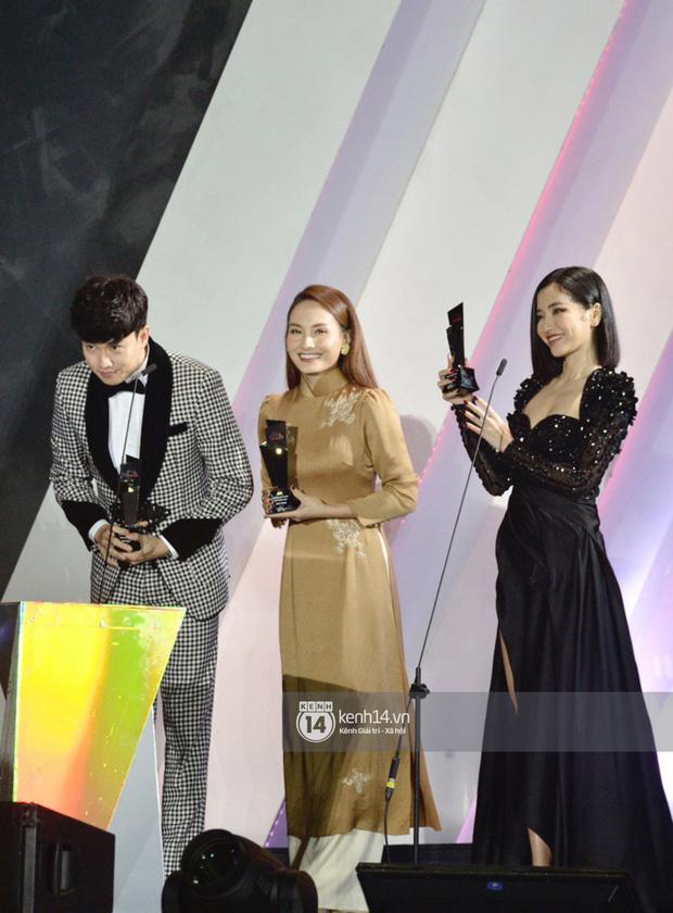 """Năm ngoái quân đoàn sao Hàn khuynh đảo thảm đỏ AAA ở Việt Nam: Yoona - Park Min Young đẹp xỉu, Ji Chang Wook, Red Velvet và dàn idol """"bùng nổ"""" - ảnh 23"""