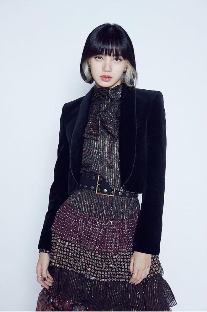 Taeyeon (SNSD) để lại kiểu tóc 9 năm trước, người khen hết lời người lại đem ra so với... Lisa (BLACKPINK)? - ảnh 9