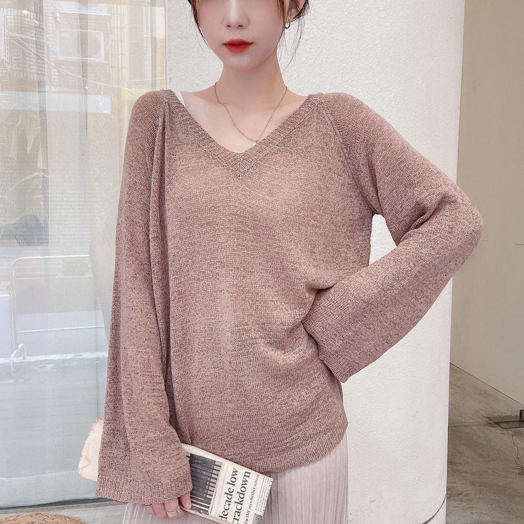 Tips chọn áo len cho ngày đông nhiệt độ thất thường: Chọn mặc đúng sẽ giúp bạn được đồng nghiệp khen nức nở - Ảnh 2.