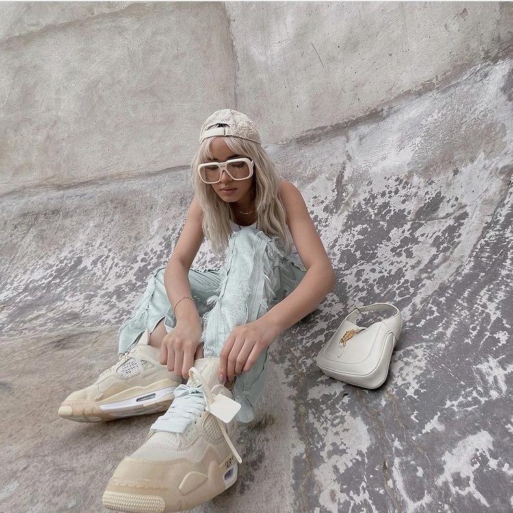 Top 8 phong cách thời trang nổi bật nhất thập niên 2010 - Ảnh 10.