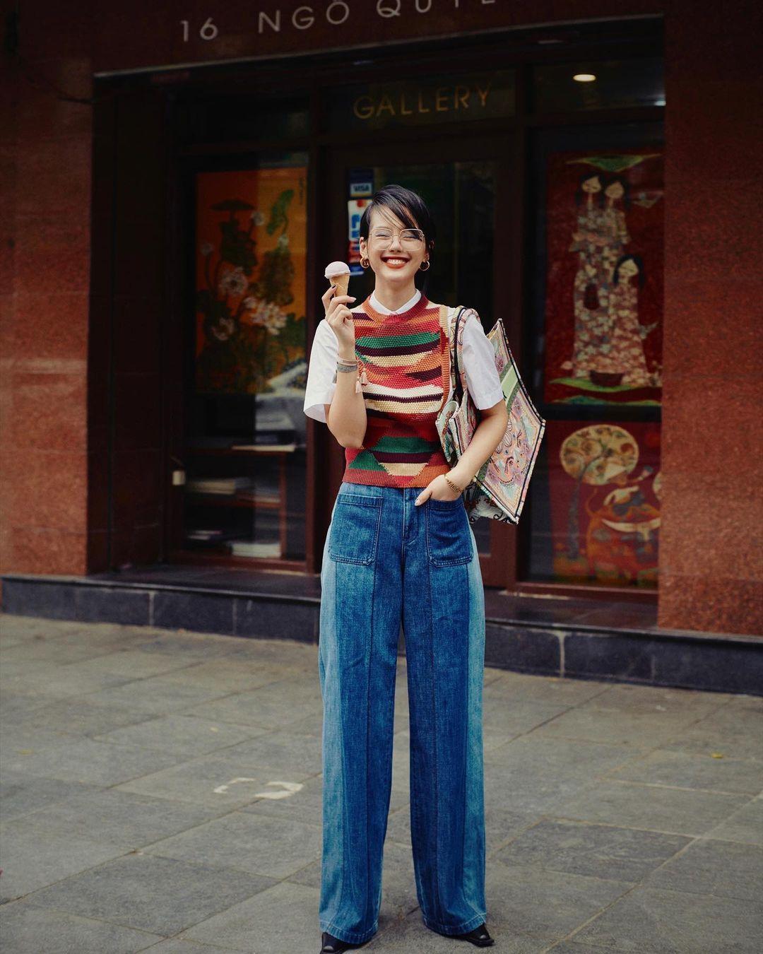 Instagram look của sao Việt tuần qua: Chi Pu khoe nội y lộ liễu, Huyền Baby mặc quần ngắn hiểm hóc - Ảnh 4.