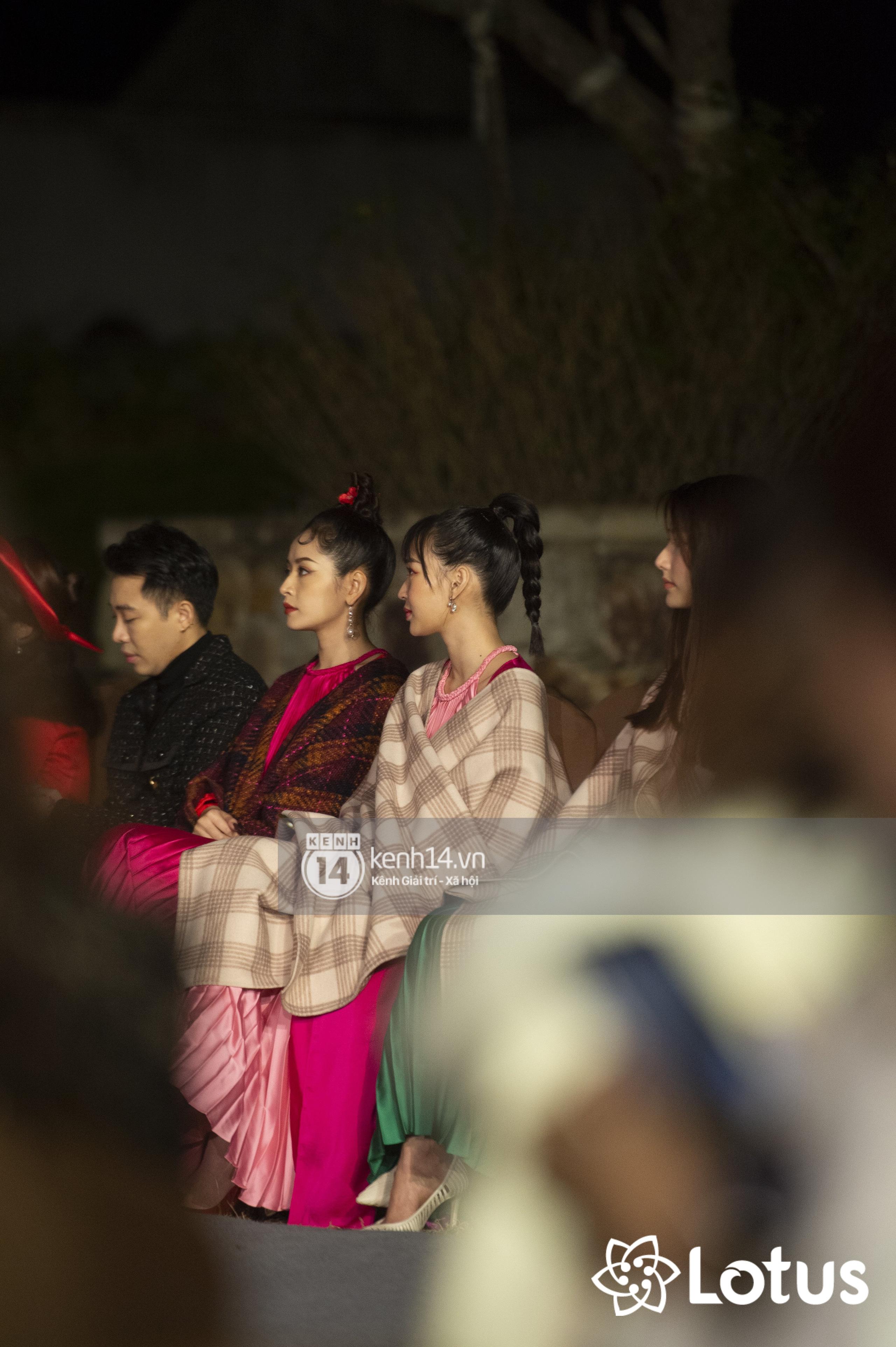 Lương Thuỳ Linh - Đỗ Hà nổi bần bật trong vị trí first face, Thanh Hằng bùng nổ với khí chất nữ thần tại show Đào của NTK Adrian Anh Tuấn - Ảnh 21.